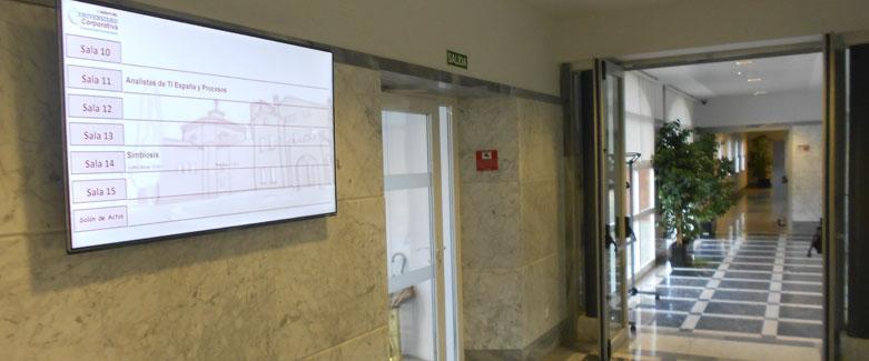 Edificio II - Pasillo